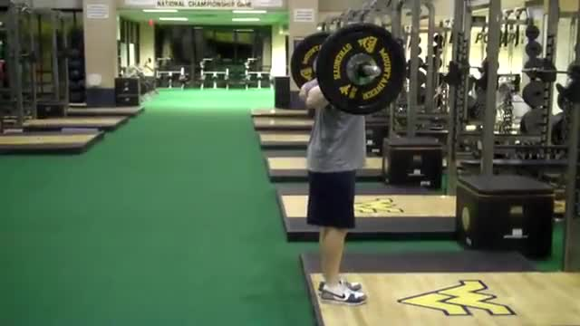 Barbell Rear Lunge demonstration