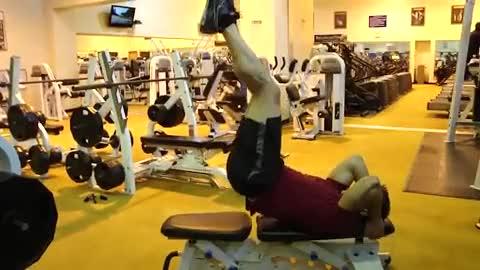 Abominal Hip Thrust demonstration