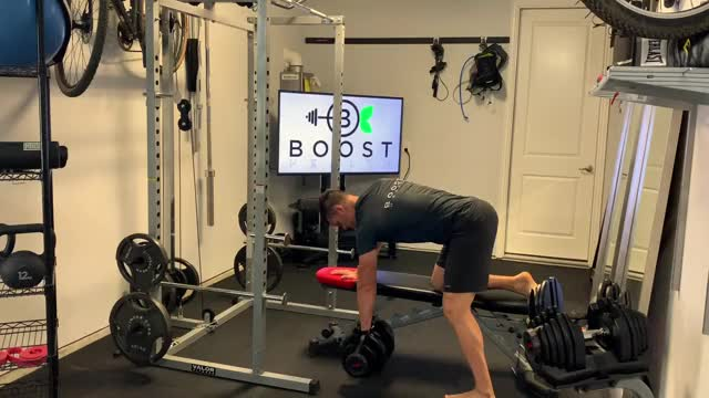 Supported Single Arm Dumbbell Bent-over Row demonstration