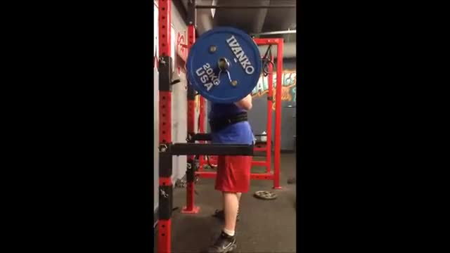 Pin Squats demonstration