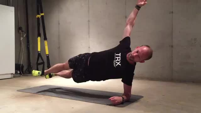 Suspension Side Plank with Torso Rotation demonstration