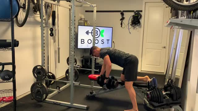 One-Arm Bench Dumbbell Row demonstration