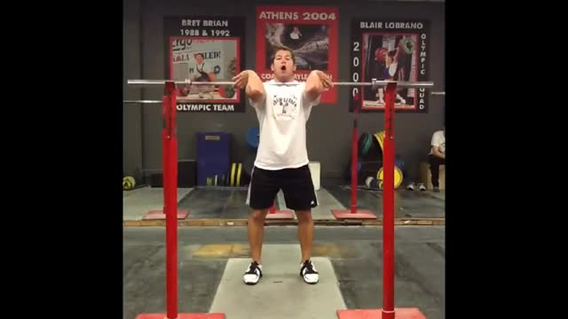 Male Front Squat (weightlifting style) demonstration