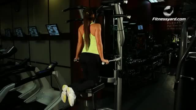 Female Machine-assisted Triceps Dip (kneeling) demonstration