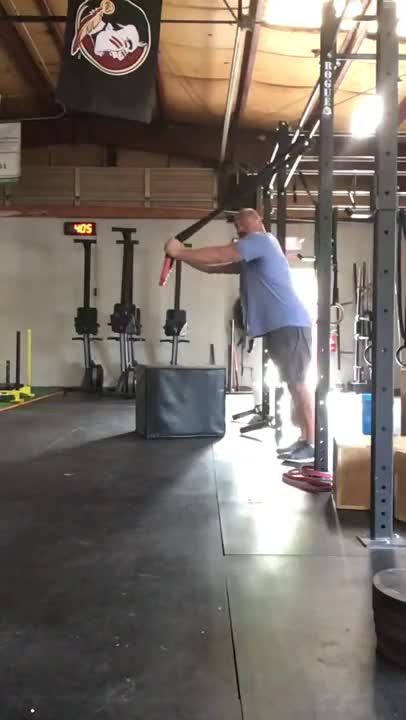 Male Suspended Triceps Extension (with rope) demonstration