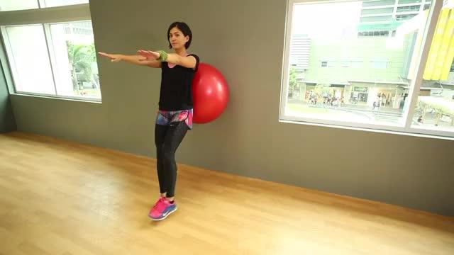 Female One Leg Bodyweight Wall Squat demonstration