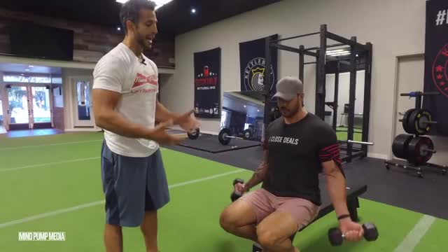 Dumbbell Occlusion Curl demonstration