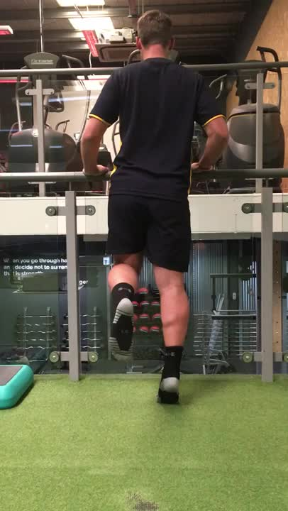 Self-assisted Leg Calf Raise demonstration