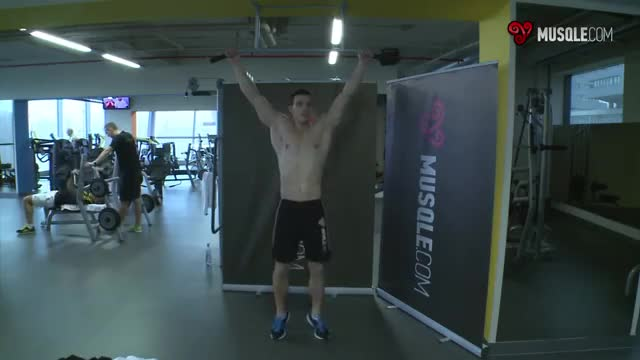 Rear Pull-up demonstration