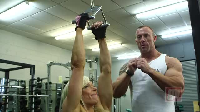 Female Lever Close Grip Pulldown (plate-loaded) demonstration
