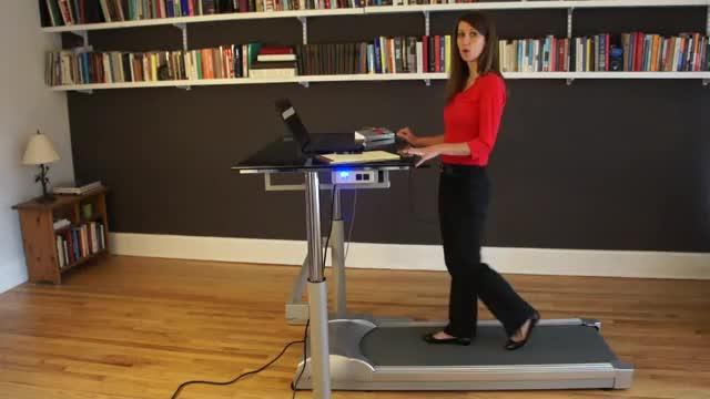 Female Treadmill Walk (workstation) demonstration