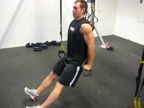Suspended Self-assisted Triceps Dip demonstration