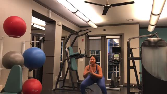 2 Jump Lunge and Squat demonstration