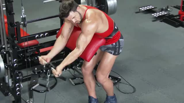 Male Cable Standing Preacher Curl demonstration