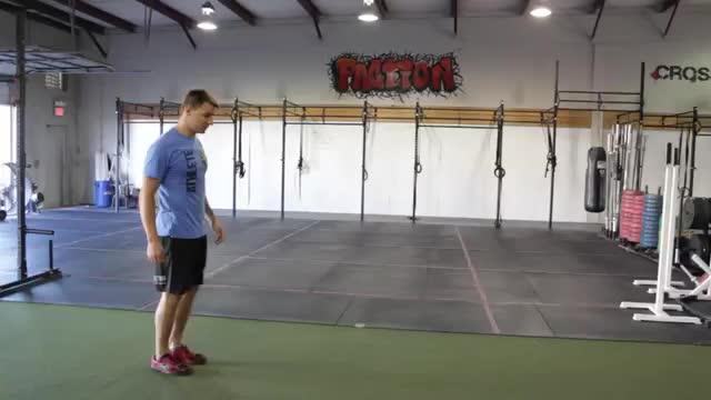 Bodyweight Lunge and Twist demonstration