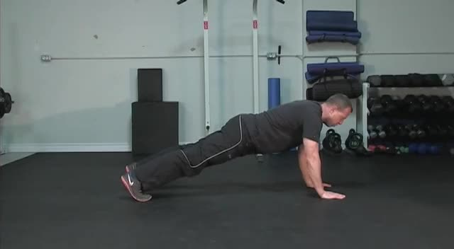 Swimmer Plank demonstration