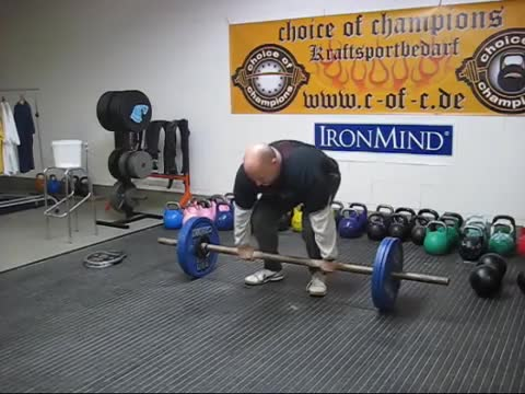 Axle Deadlift demonstration