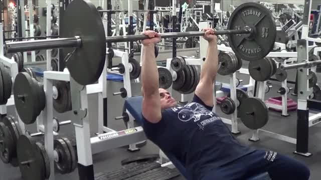 Male Barbell Close Grip Incline Bench Press demonstration