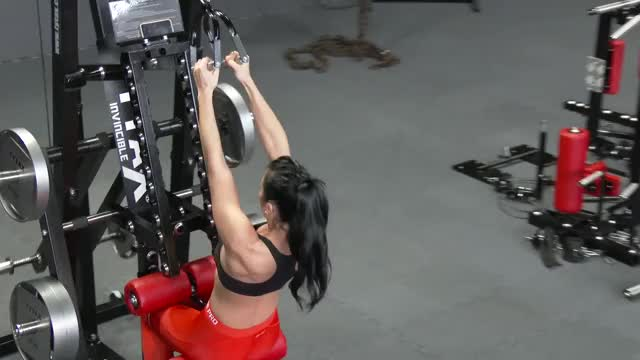 Female Cable Close Grip Pulldown (stirrups) demonstration